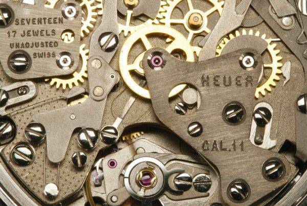 Obstacles Supply Chain Synch Gears